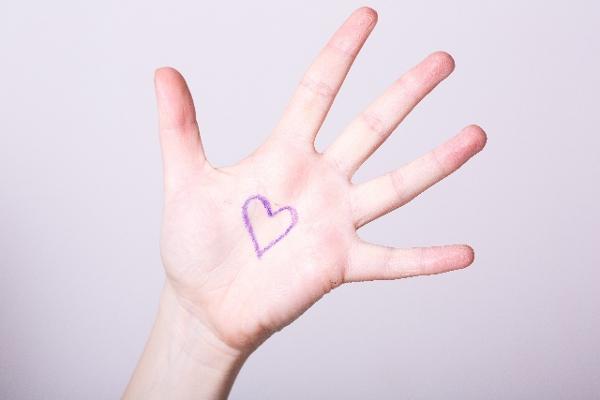 手相で恋愛の行方を占ってほしい!と思う5つの理由
