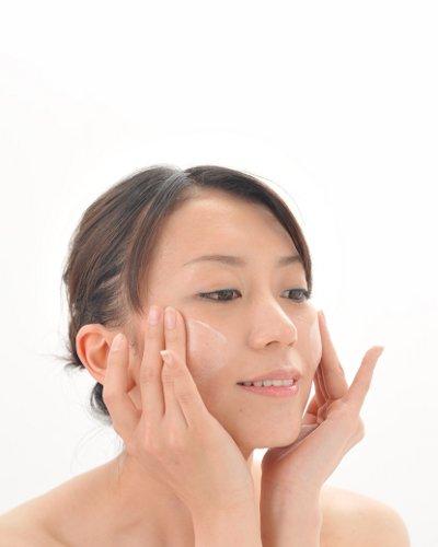 敏感肌の人が化粧水を選ぶ時の6つのコツ