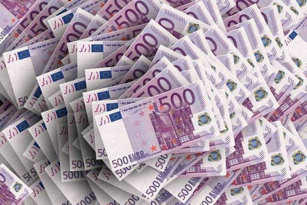 引き寄せの法則によりお金を得られる5つの理由