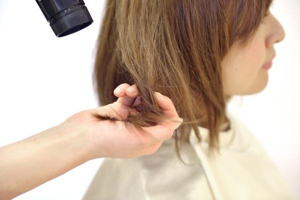 髪を切る夢をみる5つの心理とは