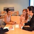 職場で好きな人がとる5つの態度を見て男性の心理が分かる!