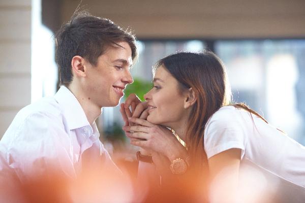 キスしたい!と恋人に対して思う5つの時
