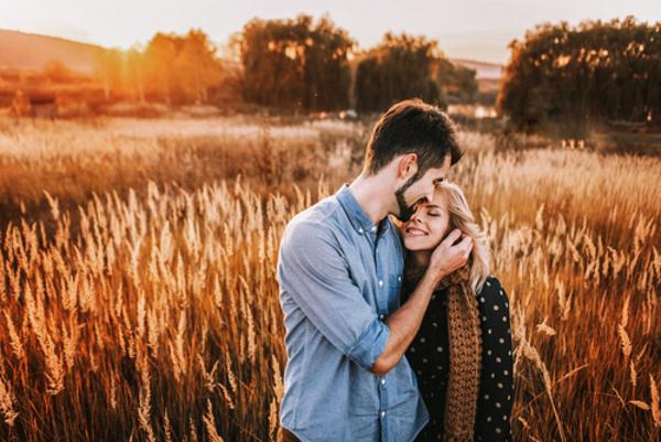 デートで脈ありかどうかを探る5つの方法