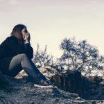 遠距離恋愛の歌詞で切なさと強さを感じる5つのもの